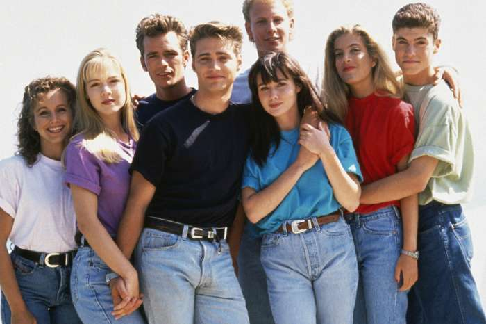 'Beverly Hills 90210' Stars Reboot In The Works With The OG Cast!