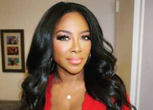 Kenya Moore Has Snapback Game On Lock In Body-Hugging Dress -- Former 'RHOA' Star Stuns Fans And Marc Daly With New Pictures