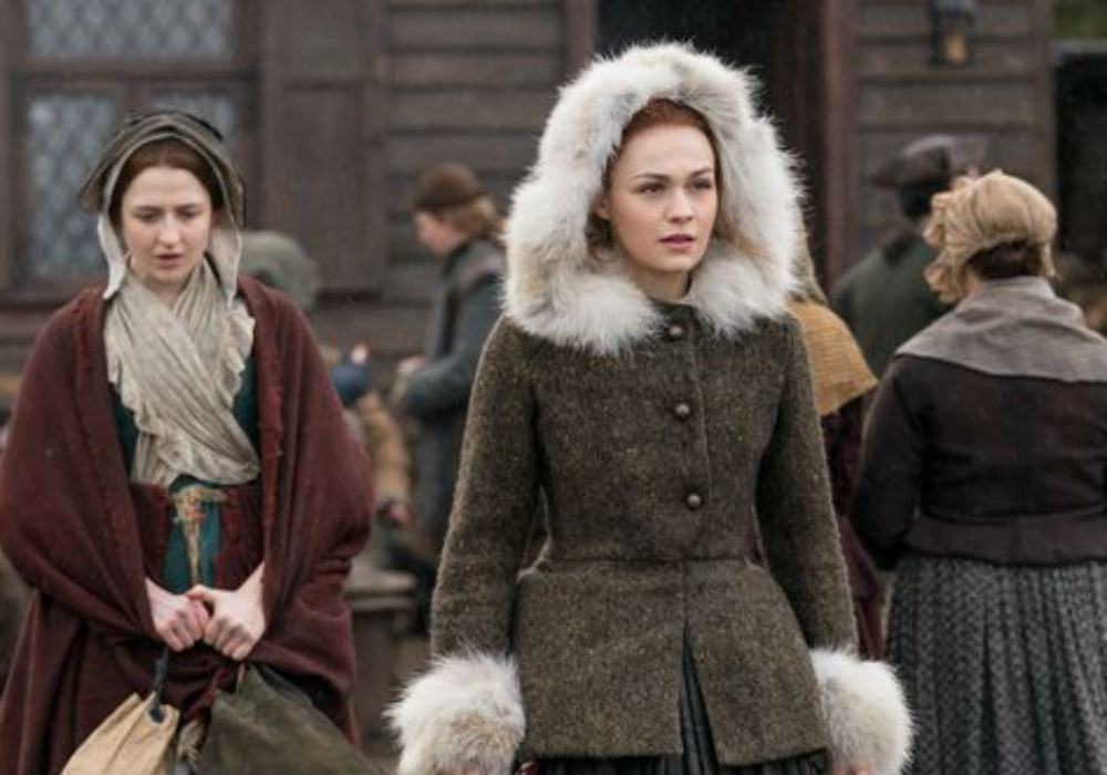 'Outlander' Sneak Peek: First Look At One Of Season 4's Big Reunions
