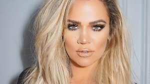 KUWK: Khloe Kardashian Shows Off Her New Pink Hair - Check It Out!