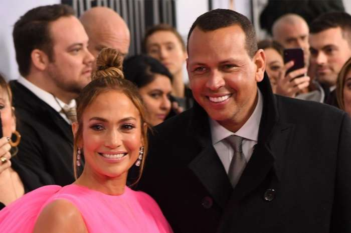 Jennifer Lopez Shares Adorable Video Of Her And Alex Rodriguez's Daughters Singing Together