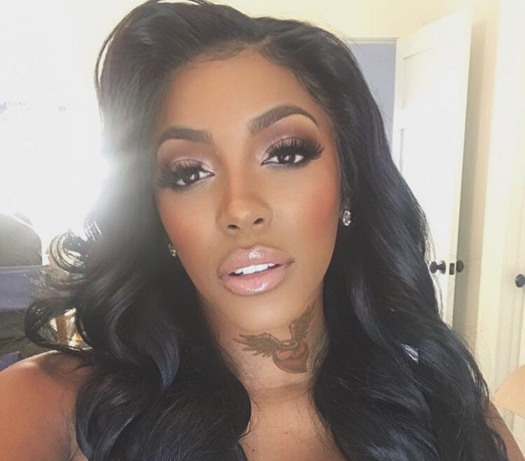 Porsha Williams Looks Gorgeous And Shines From Inside In Her Latest Pregnancy Photo