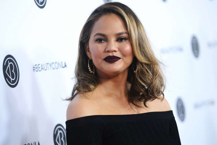 Chrissy Teigen Slams R. Kelly And Supports His Alleged Victims - Here's What She Had To Say