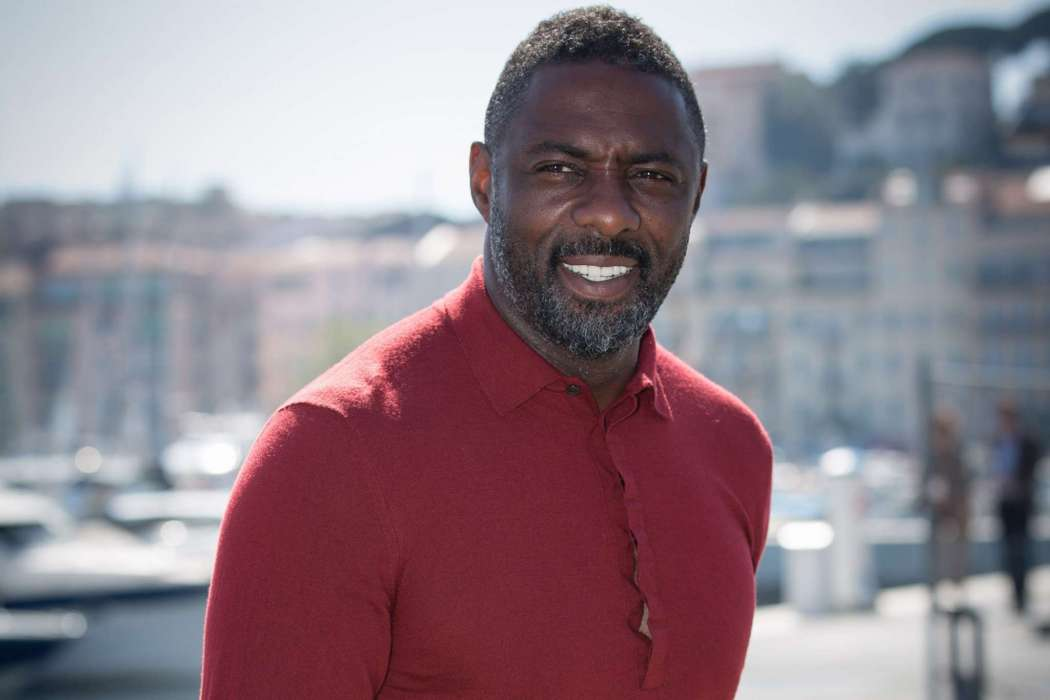 """idris-elba-says-it-wasnt-until-recently-that-other-races-began-finding-him-attractive"""
