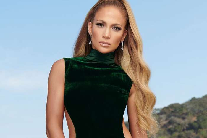 Jennifer Lopez Rocks Diddy's World With 'OMG' Picture Forcing Boyfriend Alex Rodriguez To React