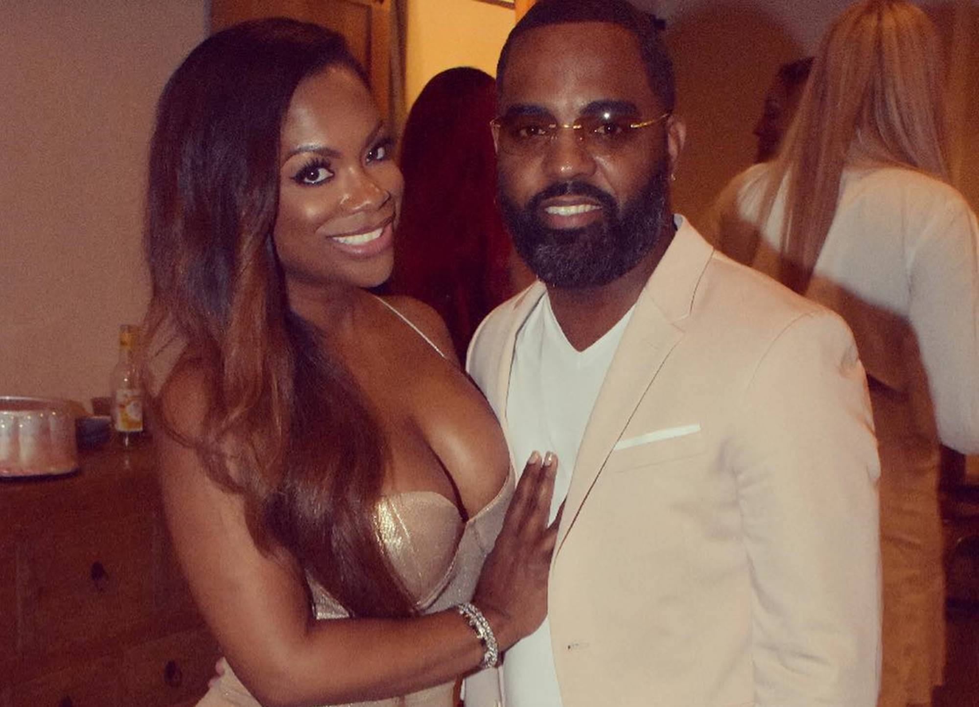 """rhoa-star-kandi-burruss-sweet-video-about-food-and-todd-gets-derailed-by-critics-bringing-up-porsha-williams"""
