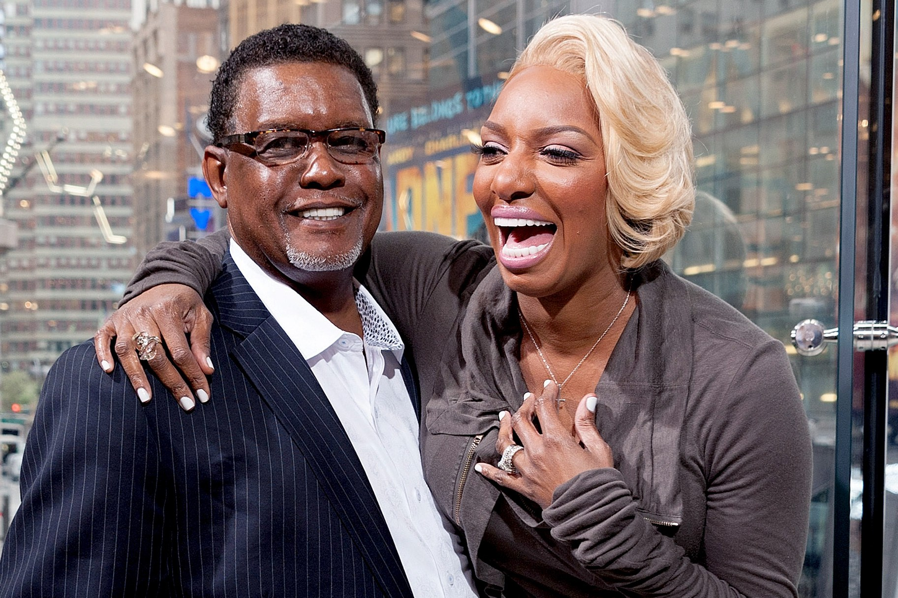 NeNe Leakes Makes Her Fans Happy With The Latest Pics With Gregg Leakes - People Love To See Them Together And Gregg Doing Better After The Battle With Cancer