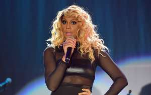 Tamar Braxton's Boyfriend Yemi Catches The Holy Spirit In Wild Video As Vincent Herbert's Ex Performs While Drunk