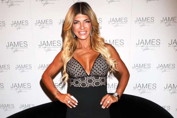 Teresa Giudice 'Obsessed With Looking Young And Hot' - Doesn't Care About Looking 'Too Tan' After Criticism