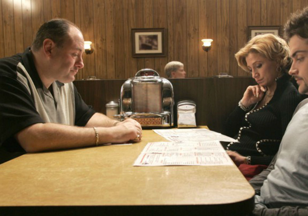 """the-sopranos-creator-david-chase-shocks-fans-by-revealing-tony-sopranos-fate-after-cliffhanger-finale"""
