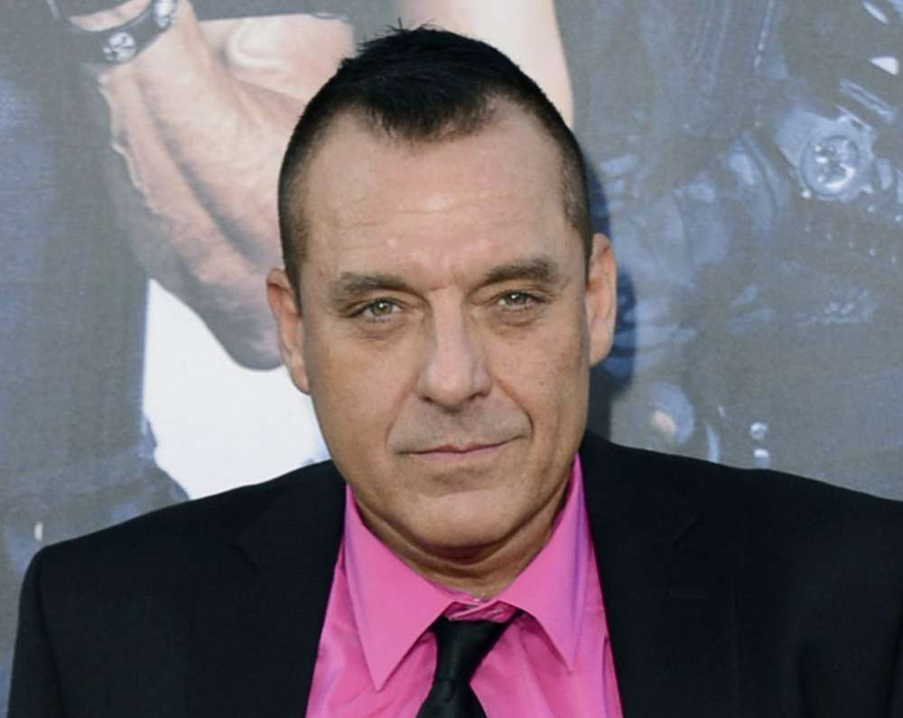 """police-detain-tom-sizemore-for-alleged-drug-possession"""