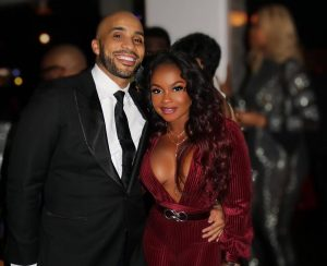 Phaedra Parks And Boyfriend Tone Kapone Share Sweet Kiss In New Pictures -- 'RHOA' Fans Say He Looks Like Apollo Nida