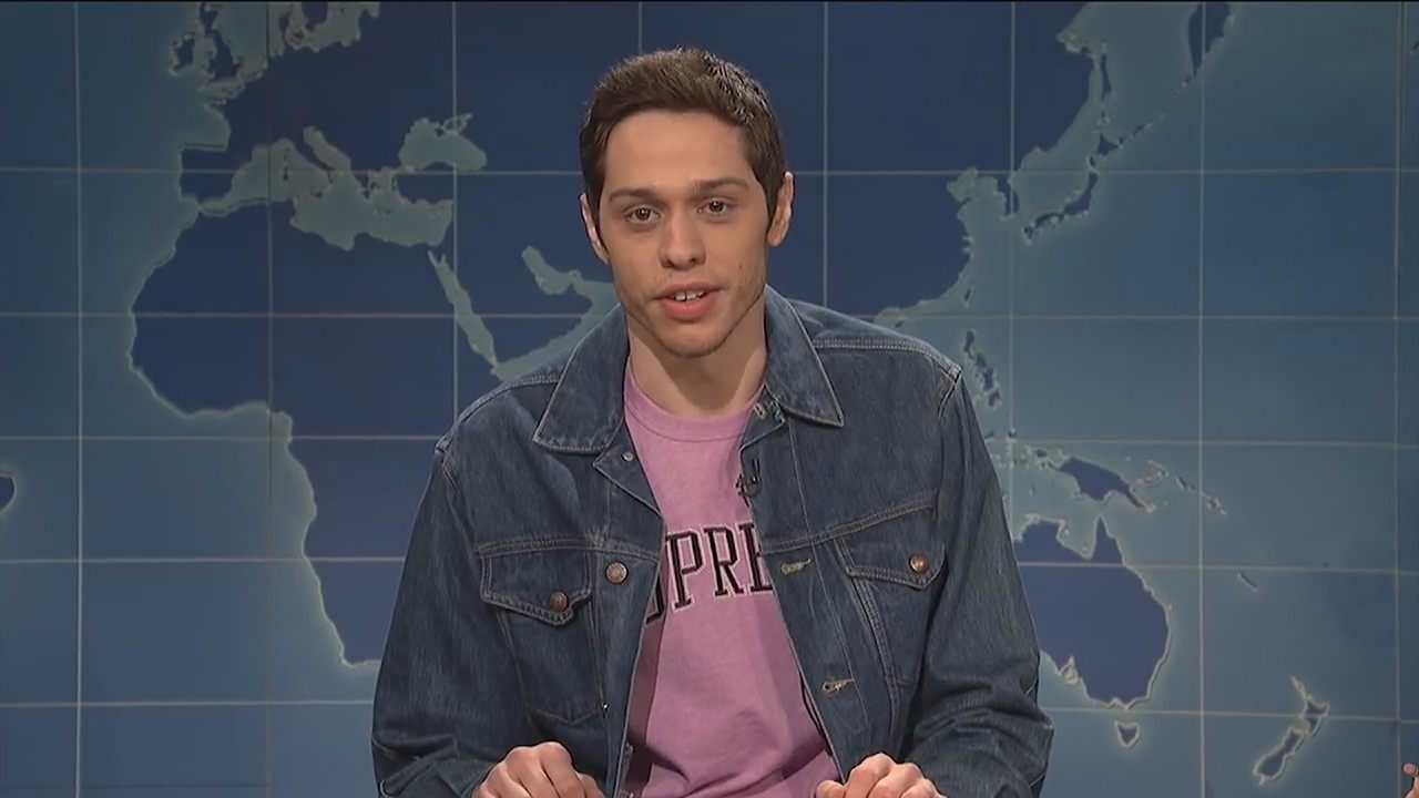 Pete Davidson returns to standup, promptly rips Louis C.K.