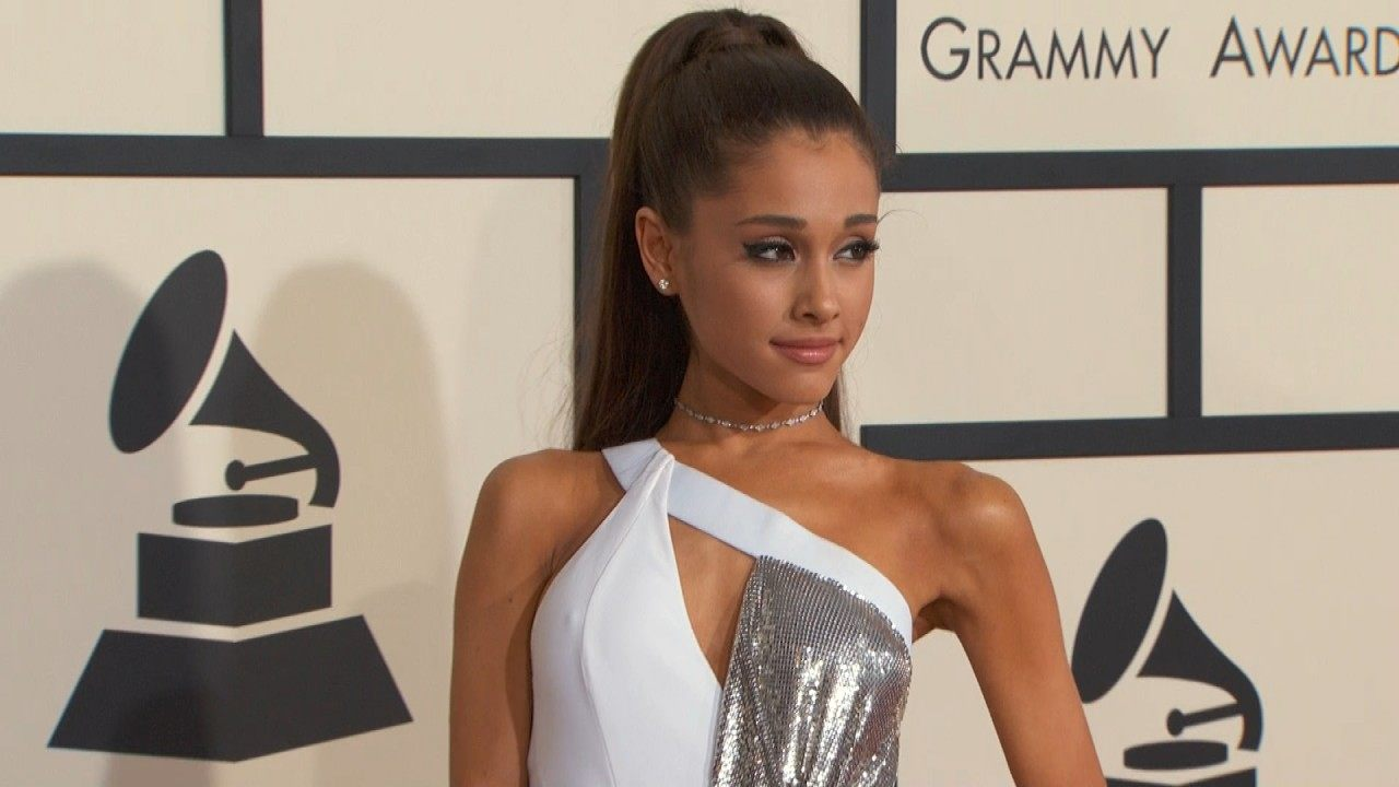 Ariana Grande fixes her misspelled hand tattoo