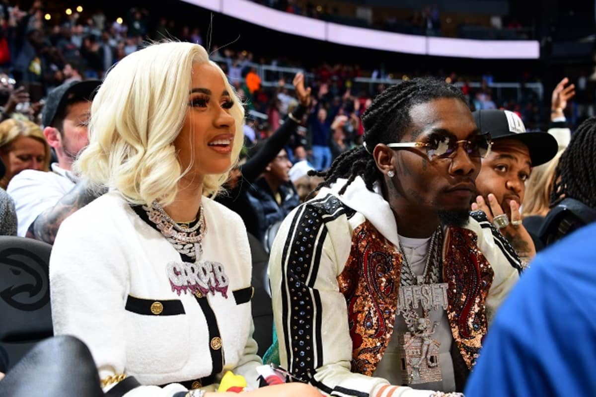 Offset Reportedly Wants To Be With Cardi B At The Grammys And He's Hoping He Can Fix Things By Then