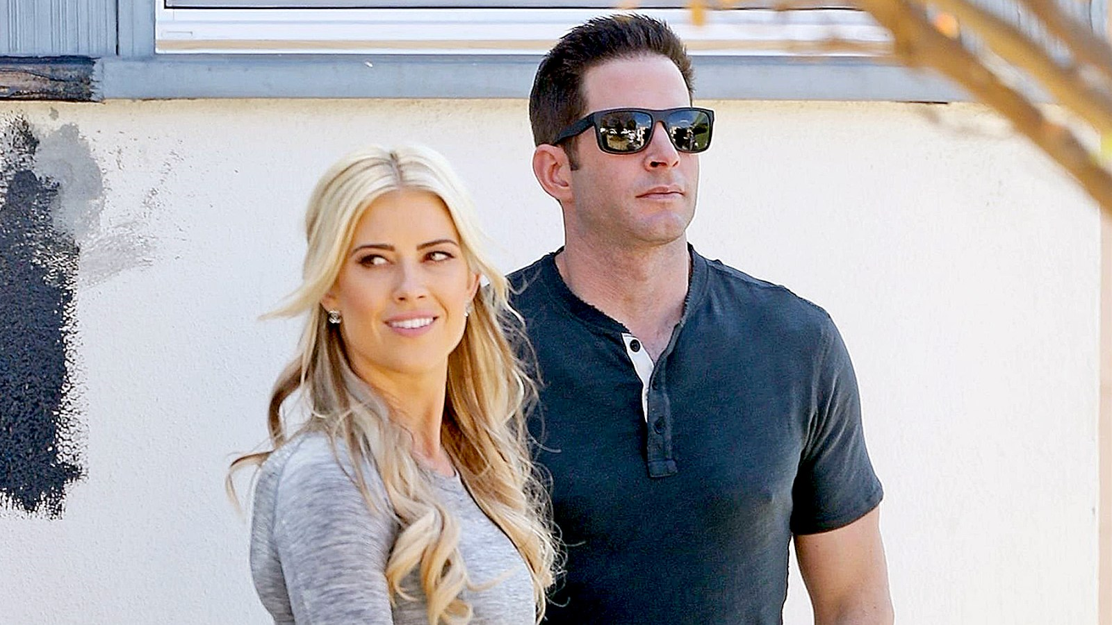 Tarek El Moussa Reportedly An Emotional Wreck After Christina S Wedding To Ant Anstead Celebrity Insider,John F Kennedy Juniors Wifes Name