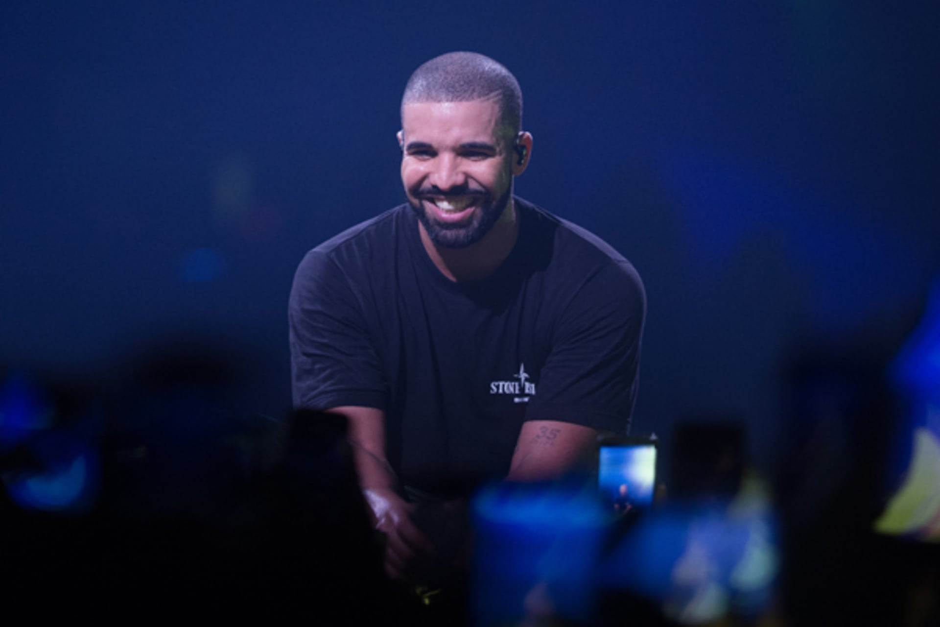 Video has surfaced of Drake kissing and touching an underage fan onstage