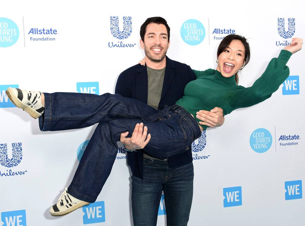 """drew-scott-reveals-he-and-wife-linda-phan-want-to-have-a-baby-very-soon"""