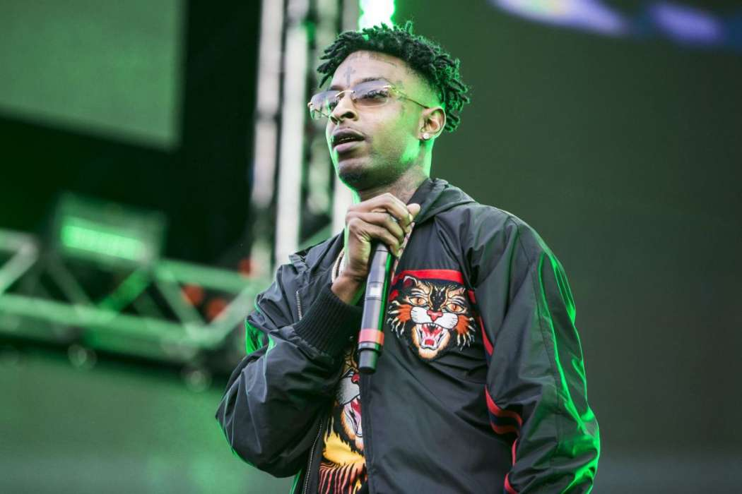 Grammy-winning producer Ludwig Goransson name-checks 21 Savage on stage