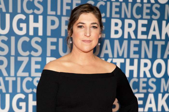Big Bang Star Mayim Bialik's Friends Not Surprised By Airport Drama - 'She Can Be Really Awful'