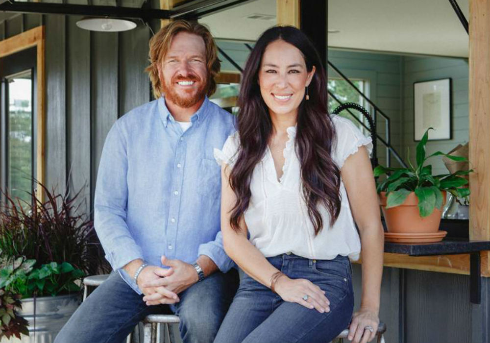 """fixer-upper-fans-will-not-believe-what-chip-and-joanna-gaines-just-bought"""