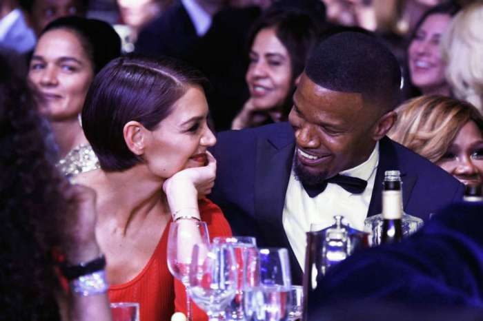 Jamie Foxx Claims He's Single And Is Caught Getting Cozy With A Former Gossip Girl Star