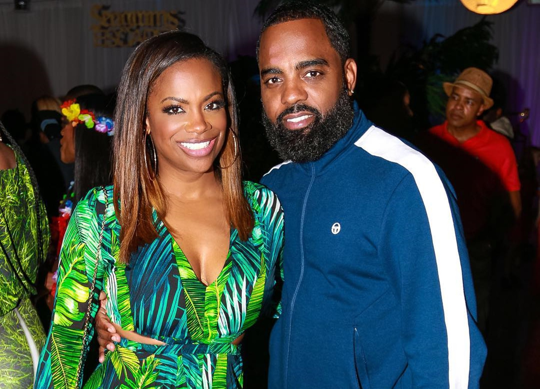 Kandi Burruss Has A Message For Fans Who Supported Her On CBB And Spends Valentine's Day At Work, But Her Family Was There As Well - Watch The Vid & Photo