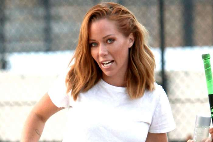 Kendra Wilkinson's Divorce From Hank Baskett Is Finalized!