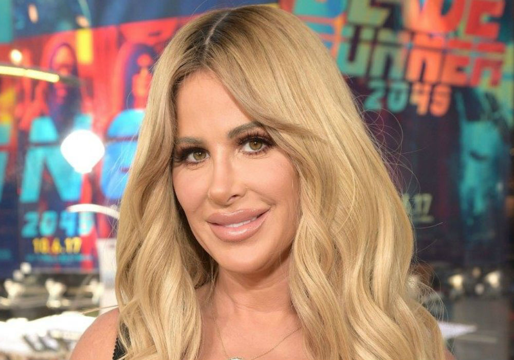 """kim-zolciak-under-fire-fans-claim-she-is-deleting-bad-reviews-of-her-kab-cosmetics"""