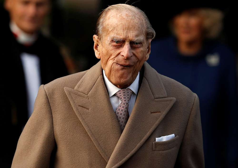 British Prince Philip surrenders driver's license after automobile accident in January