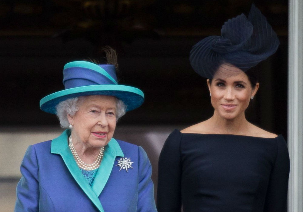 """queen-elizabeth-thinks-meghan-markles-family-drama-is-a-nightmare"""