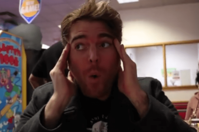 People Vow Never To Eat Chuck E. Cheese's Pizza Again After Shane Dawson Conspiracy Theory Video Goes Viral — Chuck E. Cheese's Releases Statement