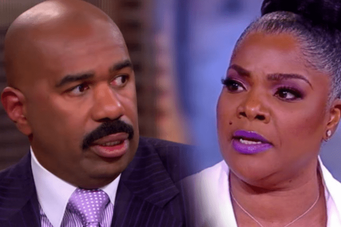 """Mo'Nique Threatens To """"Punch"""" Steve Harvey During Discussion Of Her Being Blackballed In Hollywood"""