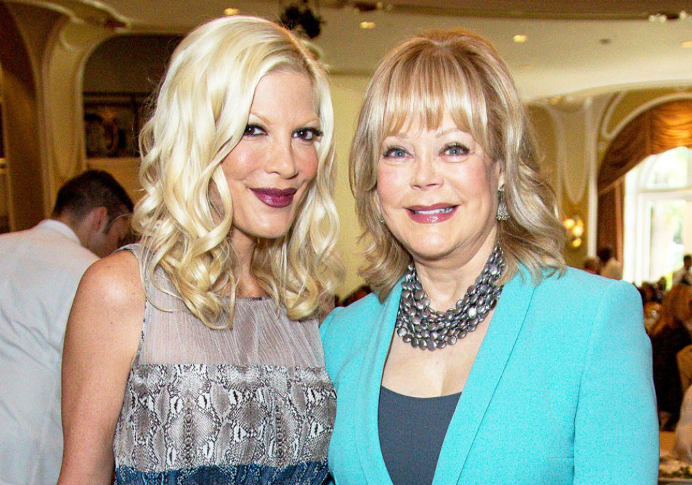 Tori Spelling Dishes On 'Beverly Hills, 90210' Reunion Series