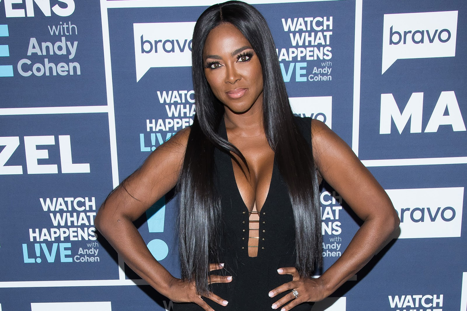 """kenya-moore-looks-drop-dead-gorgeous-in-this-all-black-outfit-fans-claim-that-motherhood-helped-shape-her-flawless-look-and-high-self-confidence"""