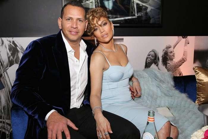 Alex Rodriguez Tells Jennifer Lopez The Sweetest Things In AnniversaryMessage!