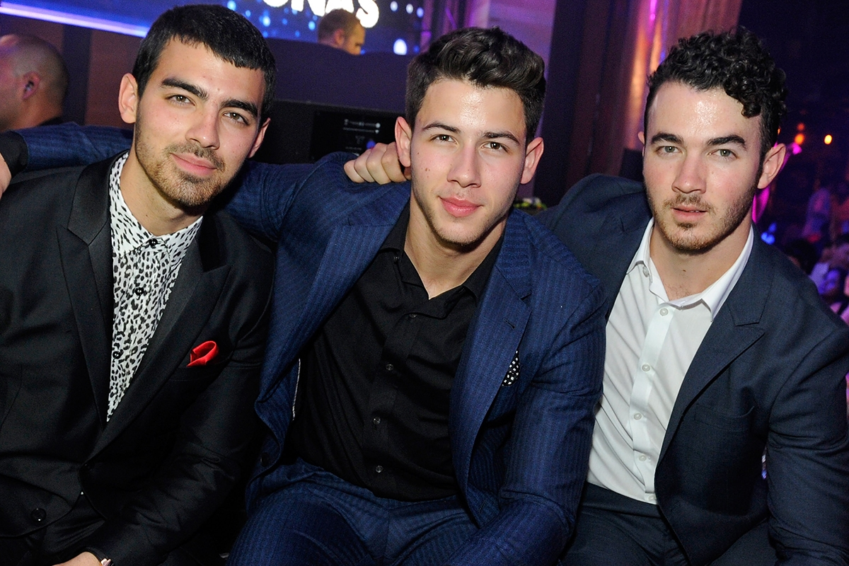 With NEW MUSIC: Jonas Brothers Reuniting