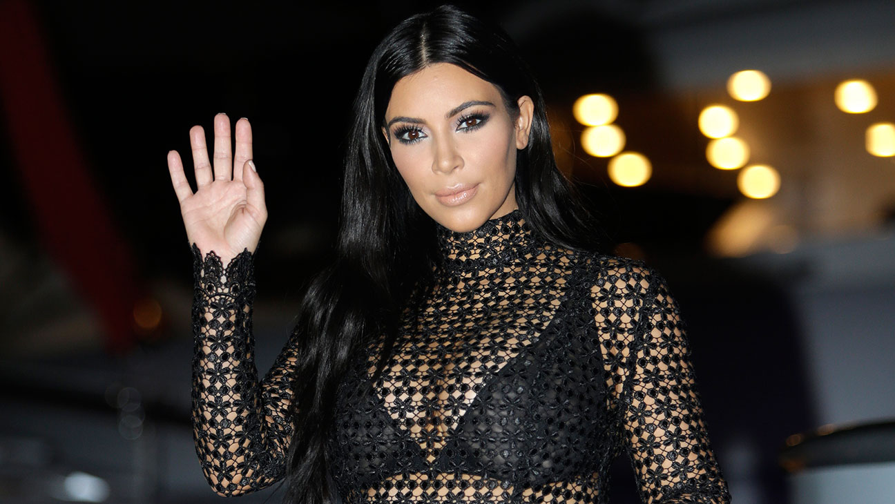 kim-kardashian-shares-her-new-mission-with-the-world-and-fans-ask-her-to-help-the-girls-involved-in-r-kellys-case