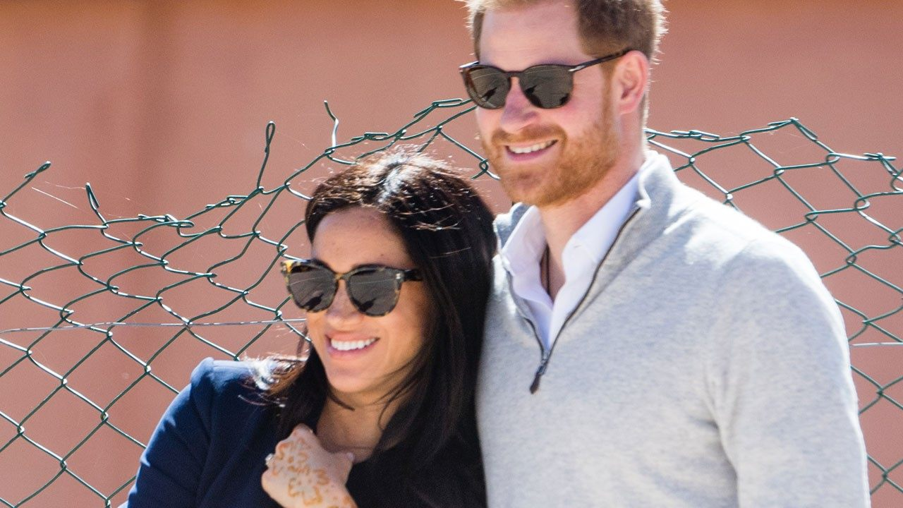 """meghan-markle-gets-henna-tattoo-while-visiting-morocco-with-prince-harry-check-out-the-pics"""