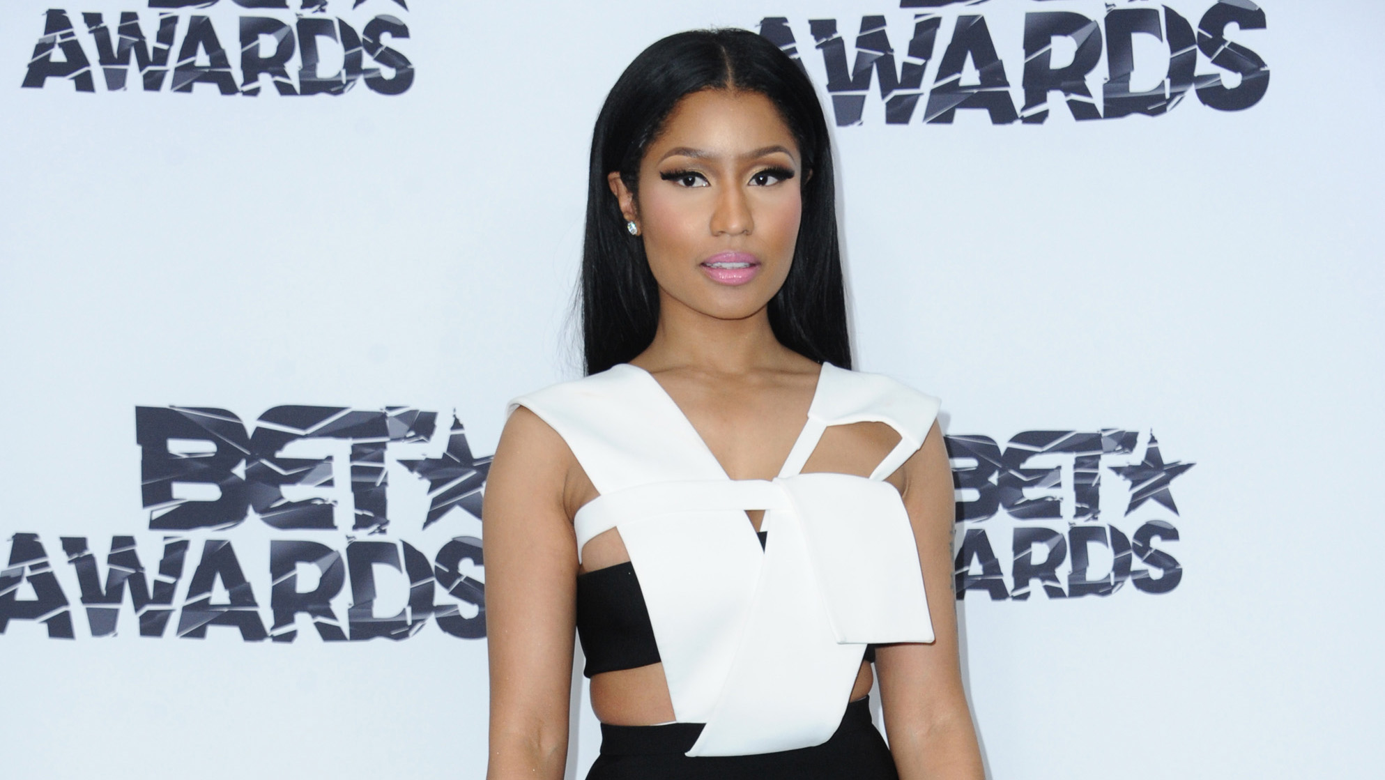 BET Issues Apology To Nicki Minaj & Her Team After She Said She Refused To Perform At The BET Performance