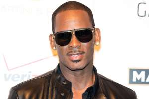 R. Kelly Gets Charged With No Less Than Ten Counts Of Criminal Sexual Abuse!