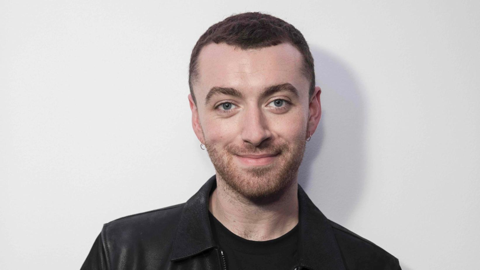 """sam-smith-gets-candid-about-body-image-issues-says-he-used-to-starve-himself"""