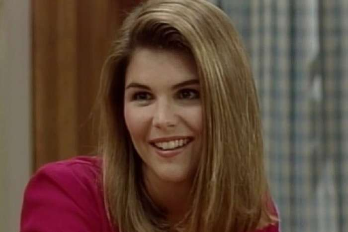 """Twitter Roasts Full House's """"Aunt Becky"""" Over Lori Loughlin's Alleged Involvement In College Admissions Scandal"""
