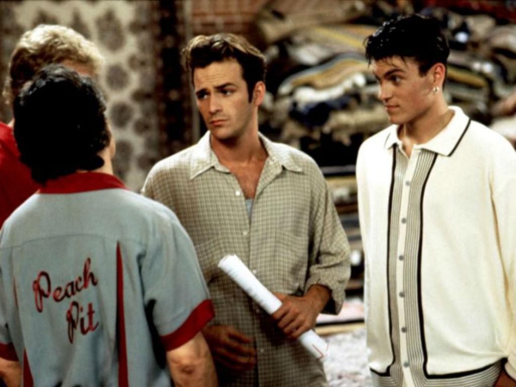 """brian-austin-green-defends-not-posting-tribute-to-beverly-hills-90210-costar-luke-perry"""