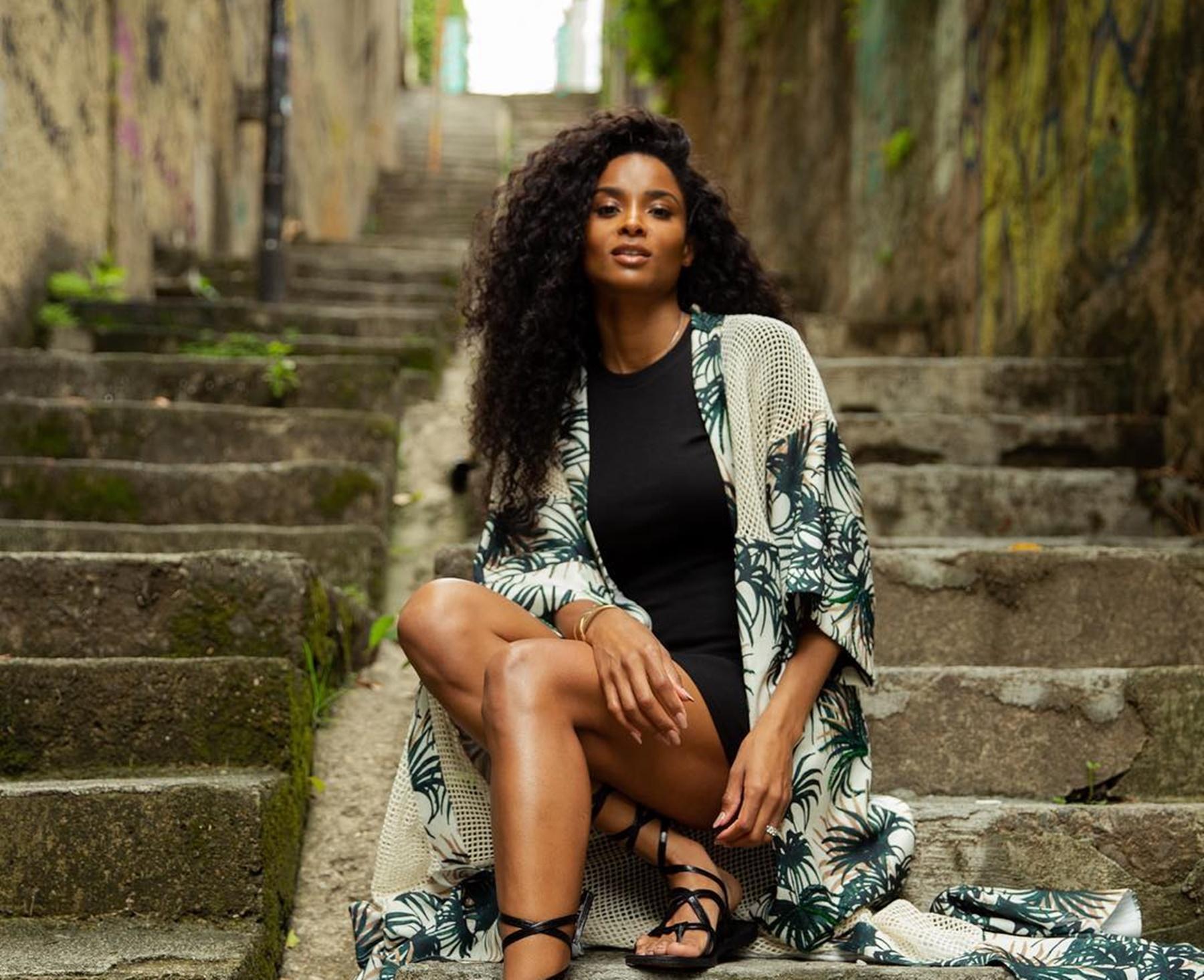 Ciara Russell Wilson Brazil Worshiping