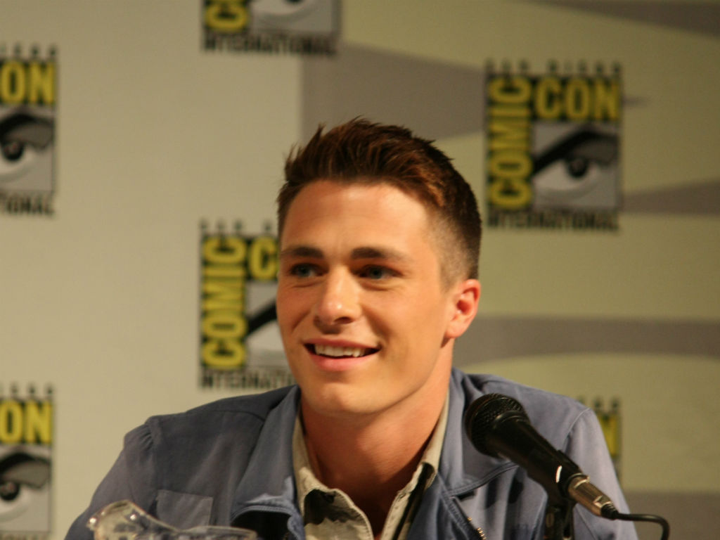arrow-star-colton-haynes-gets-real-about-drugs-and-alcohol-addiction-as-he-marks-6-months-sober