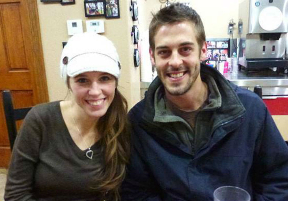 Counting On Fans Slam Derick Dillard And Jill Duggar Over Creepy Date Night Behavior