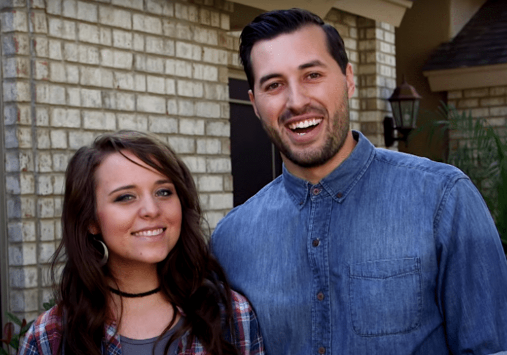 counting-on-star-jinger-duggar-rocks-scandalous-heels-amid-news-she-is-moving-further-away-from-her-famous-family