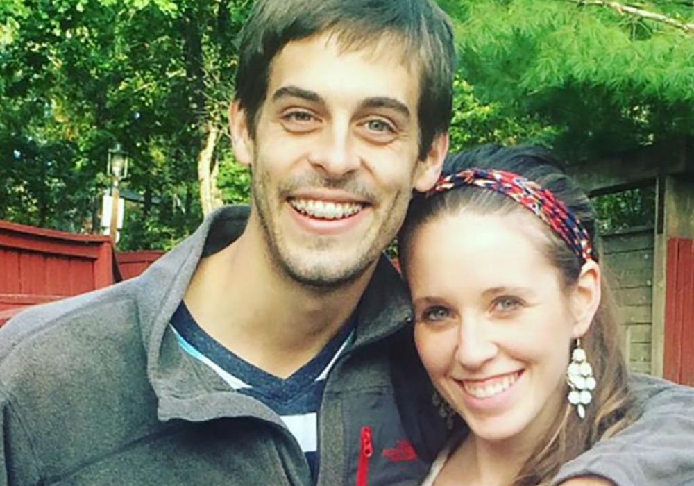 Derick Dillard Is Reportedly The Reason Counting On Stars The Duggar Family Are No Longer Close With The Bates Family