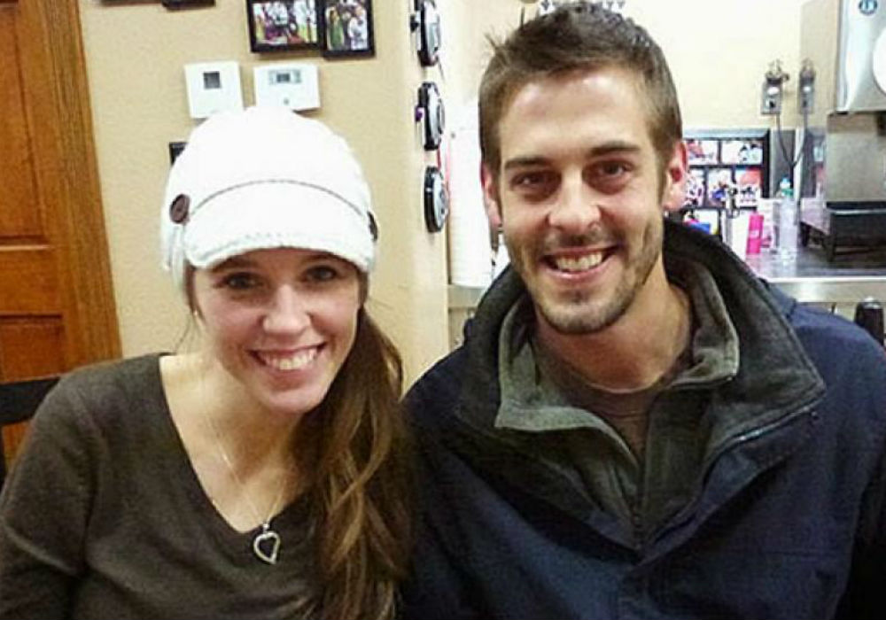 Derick Dillard Slams Jill Duggar! Disgraced Counting On Star Implies That He 'Settled' For Her